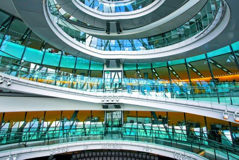 玻璃楼梯 免版税库存图片