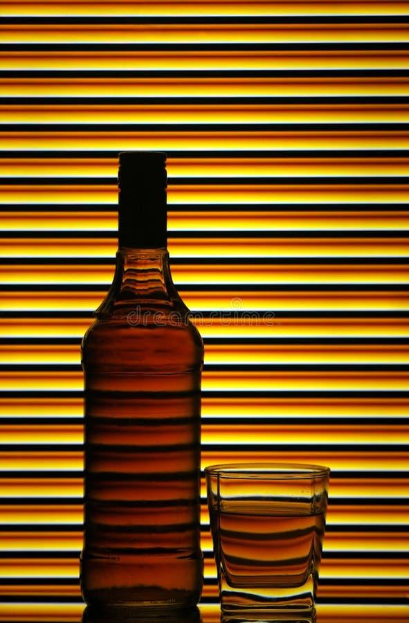 玻璃瓶苏格兰威士忌酒 图库摄影