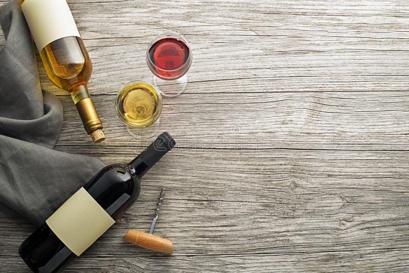 玻璃瓶酒 免版税库存照片