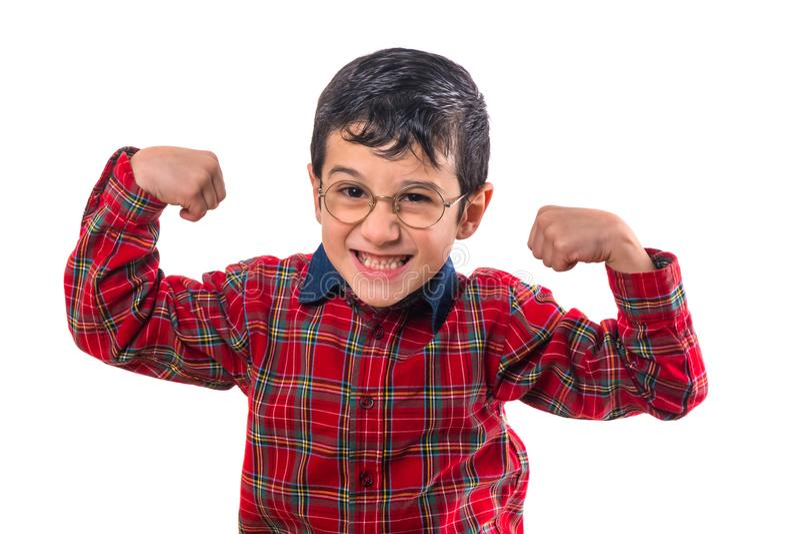 玻璃的小男孩举了他的手  隔绝在白色bac 免版税库存图片