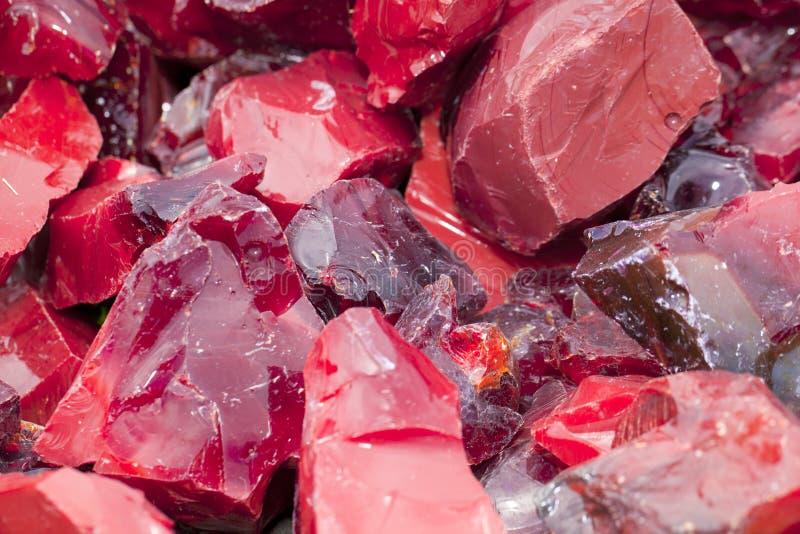 玻璃红色炉渣 库存图片