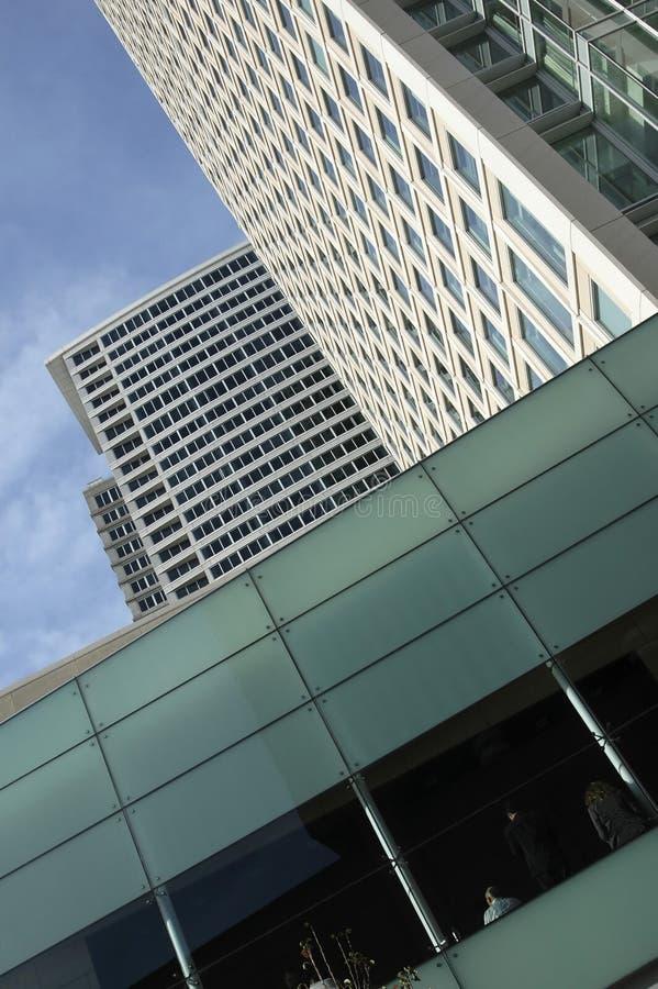 玻璃绿色高层 免版税库存照片