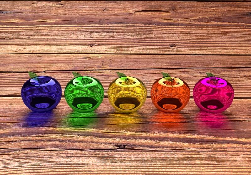 玻璃苹果,发光的苹果,3d模型 五颜六色的玻璃状苹果 蓝色,绿色,黄色,橙色和红色3D苹果 免版税库存照片