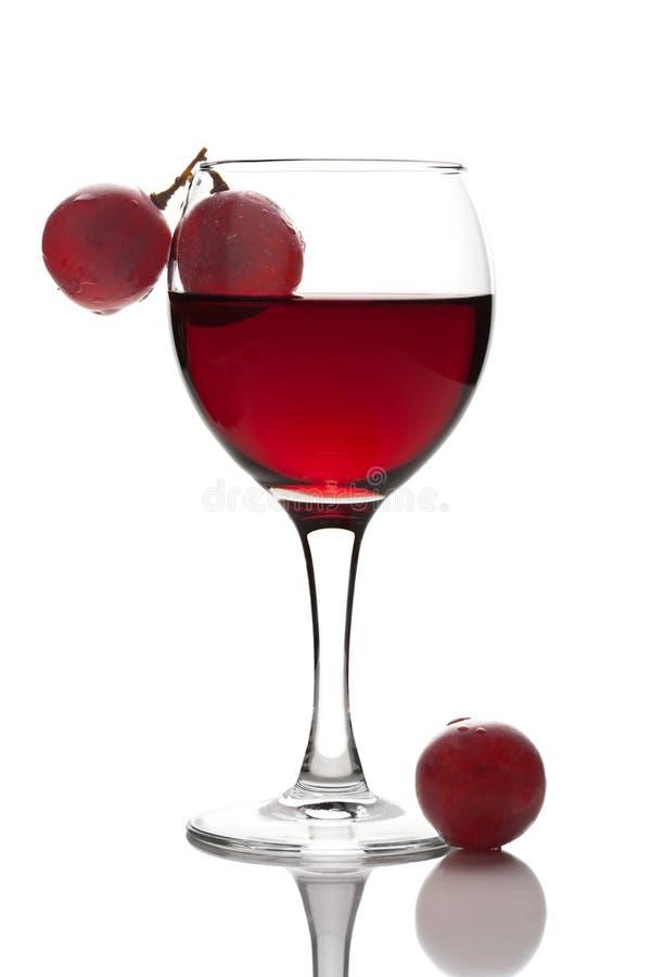 玻璃葡萄查出红葡萄酒 免版税图库摄影