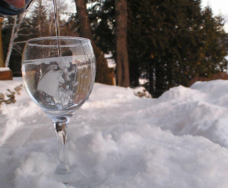 Download 玻璃rock2水 库存图片. 图片 包括有 二重奏, 熄灭, 饮料, 玻璃, 液体, 反映, 干渴, 影子, 柠檬 - 57771