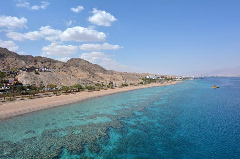 珊瑚海滩自然保护空中海景在埃拉特,以色列 库存照片