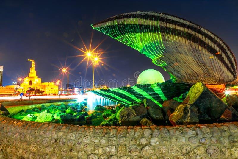 珍珠纪念碑和多哈清真寺 库存照片