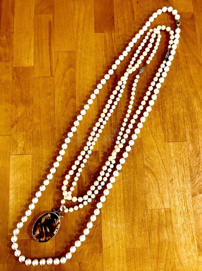 珍珠x 3 库存照片