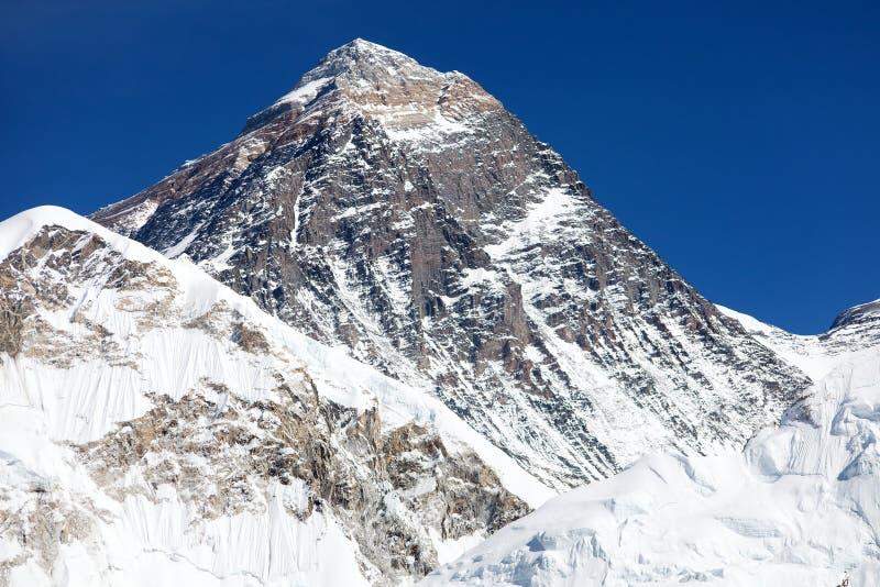 珠峰-对珠穆琅玛营地的方式-尼泊尔 库存图片