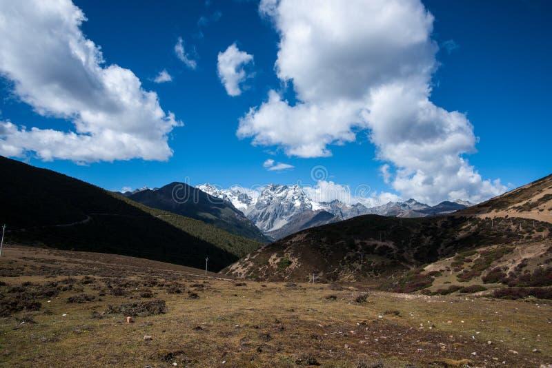 班玛雪山山脉 库存图片