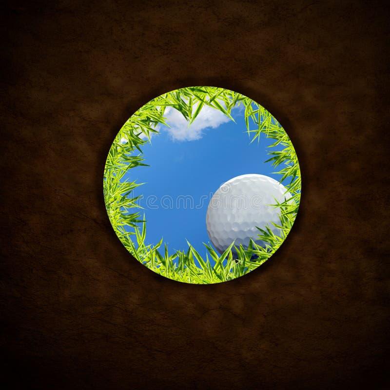 球下跌的高尔夫球 免版税库存图片