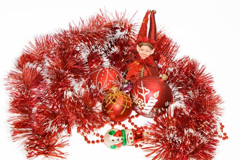 球圣诞节矮子人红色雪 免版税库存图片