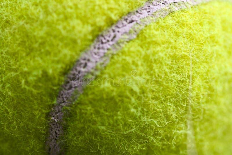 球接近的网球 免版税库存照片