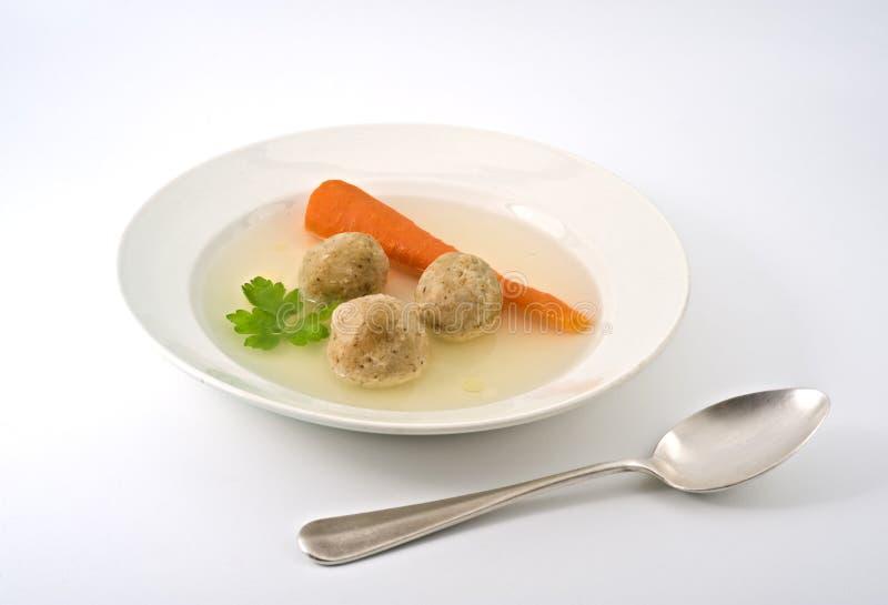 球未发酵的面包汤 免版税库存照片
