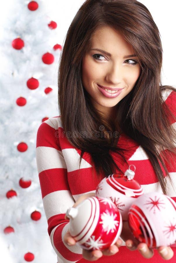 球美丽的chrismas女孩 库存图片