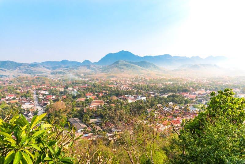 琅勃拉邦市,老挝顶视图  免版税库存图片