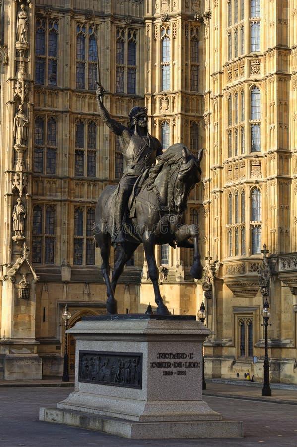理查雕象狮子-伦敦- 库存照片