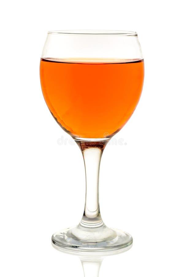 琥珀色的酒 在玻璃的酒 免版税图库摄影