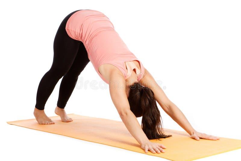 瑜伽姿势在演播室 免版税图库摄影