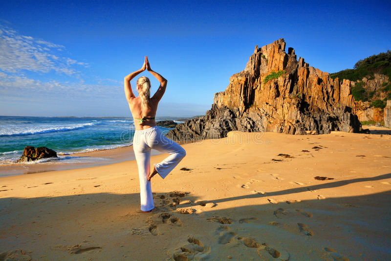 瑜伽有重音自由健康生活 免版税库存图片