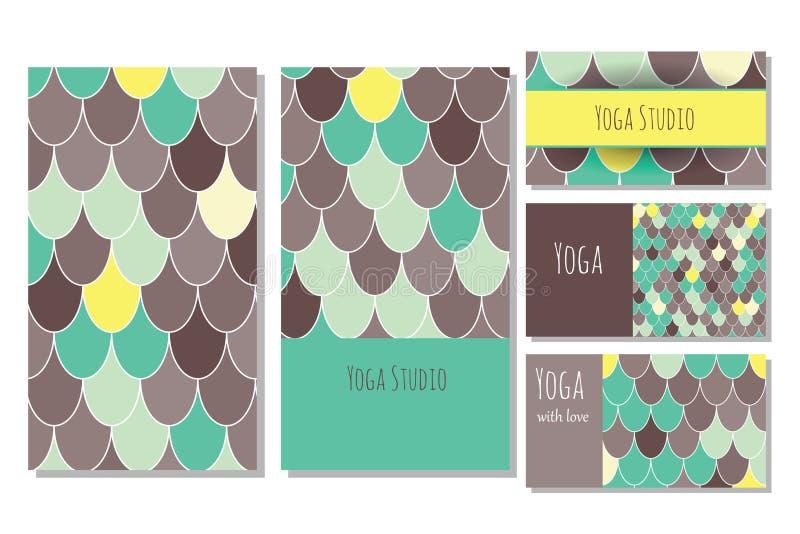 瑜伽演播室卡片模板 免版税库存图片