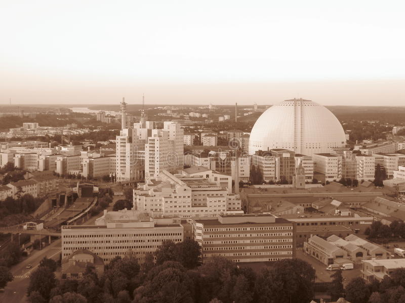 瑞典斯德哥尔摩globen飞行难以置信的竞技场的美好的城市capitalcity乌贼属hotairbaloon 图库摄影