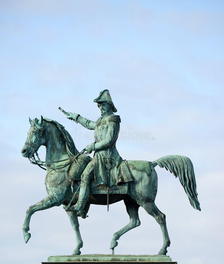 瑞典(斯德哥尔摩的卡尔十四世・约翰前国王雕象  免版税图库摄影