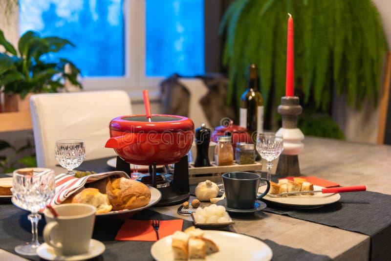 瑞士乳酪涮制菜肴 图库摄影