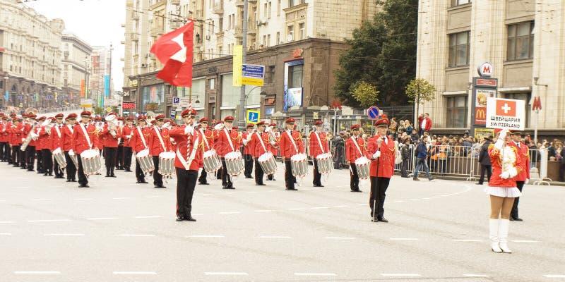 瑞士的乐队游行的在莫斯科 免版税库存照片