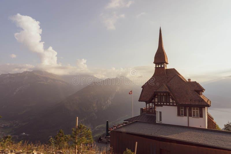 瑞士阿尔卑斯山脉,更加坚硬的kulm监视 免版税库存图片