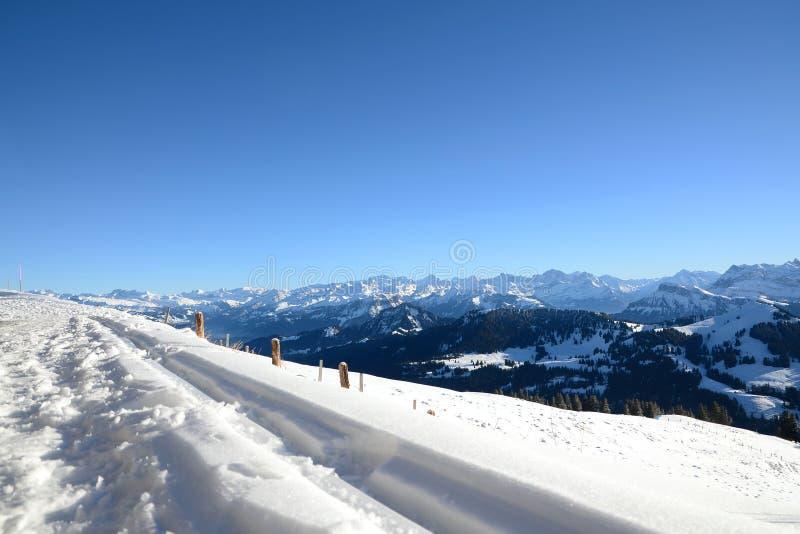 瑞士阿尔卑斯看法从瑞吉峰Kulm的在冬天,卢赛恩 图库摄影