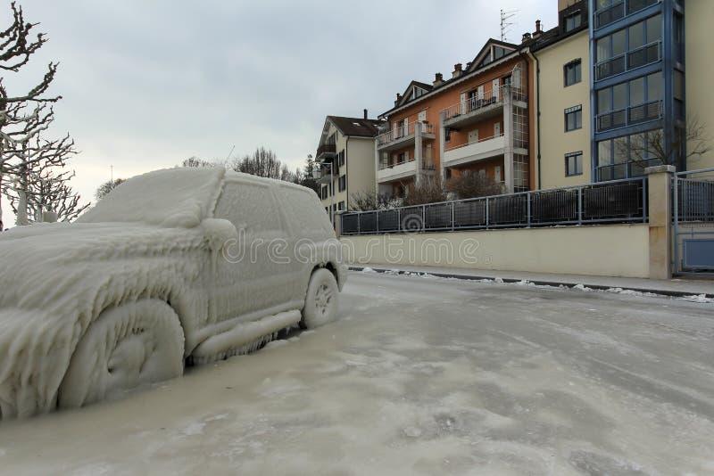 瑞士韦尔苏瓦冰下车 库存图片