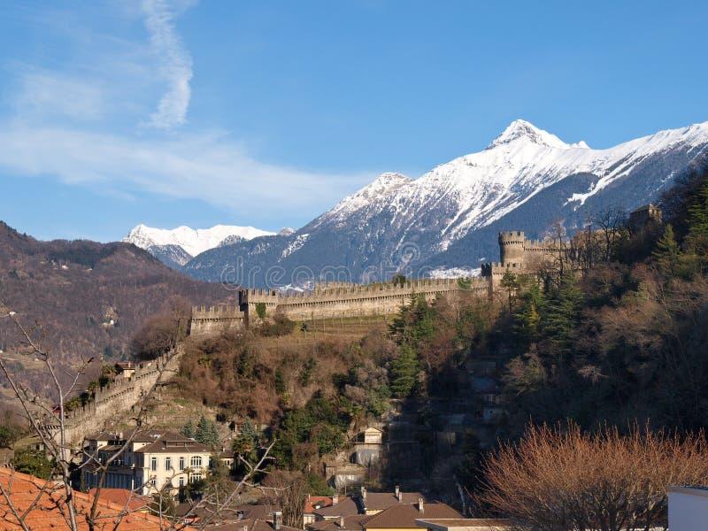 瑞士,贝林佐纳城堡 库存图片