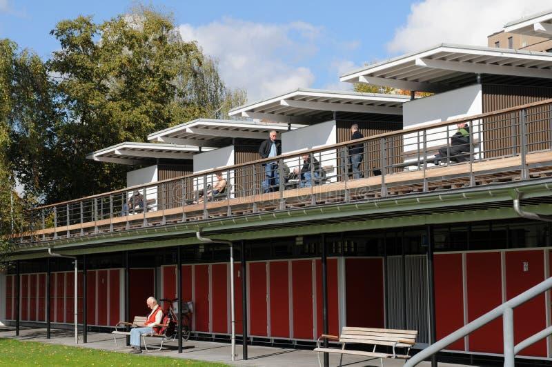 瑞士:公开湖ZÃ ¼富有的浴在澳大利亚的Tiefenbrunnen 免版税库存照片