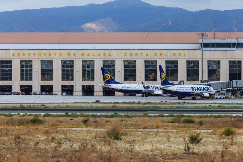 瑞安航空公司喷气机在马拉加 免版税库存图片