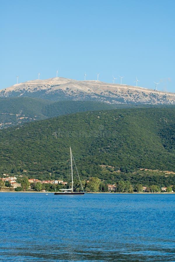 瑟米海湾和港在希腊海岛Kefalonia上的 免版税库存照片