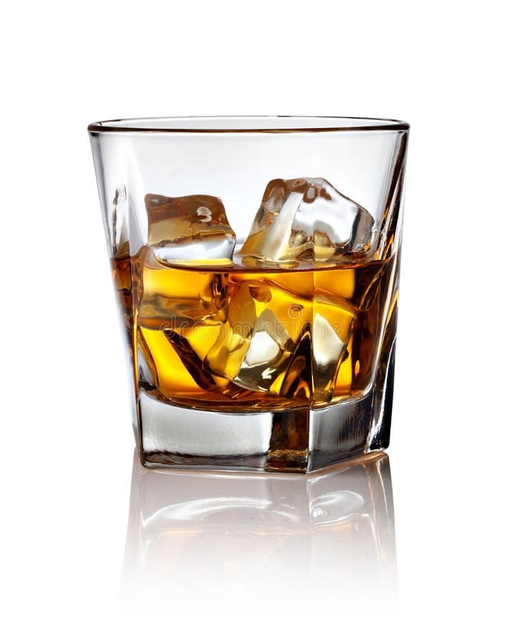 玻璃冰苏格兰威士忌酒 库存图片