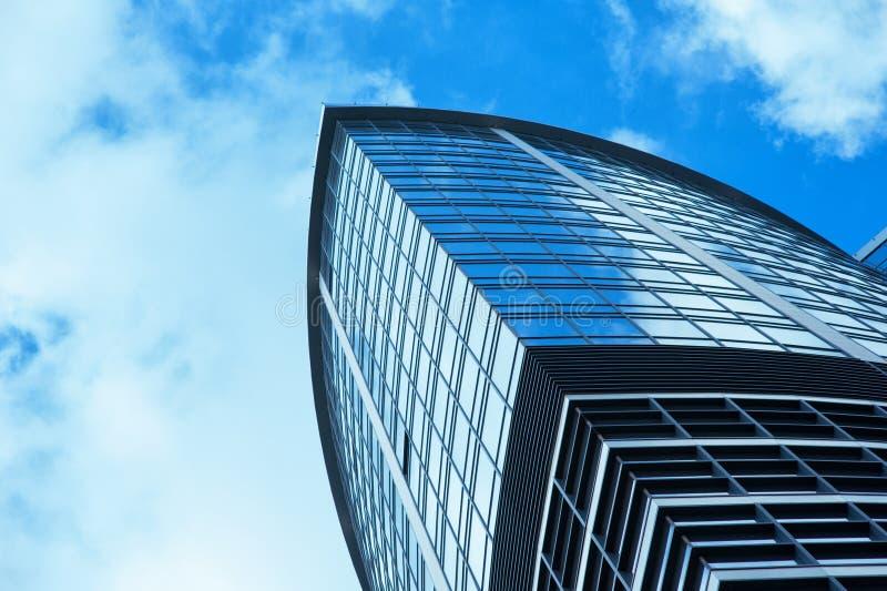 玻璃办公楼现代摩天大楼 免版税库存照片