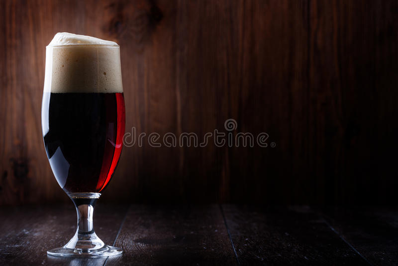 玻璃啤酒 免版税库存照片