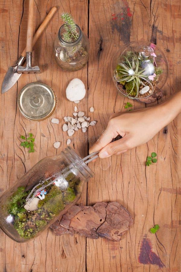 玻璃容器gardenig 库存照片