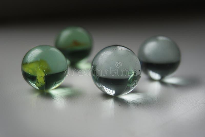 玻璃状球 免版税库存照片