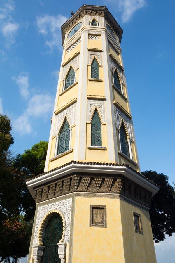 瓜亚基尔,厄瓜多尔摩尔人样式钟楼  免版税库存照片