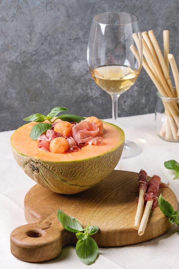 瓜和火腿沙拉 库存照片