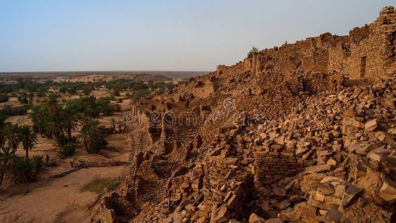 瓦丹堡垒废墟在撒哈拉大沙漠毛里塔尼亚 图库摄影