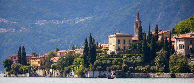 瓦伦纳在科莫湖,意大利 免版税库存照片