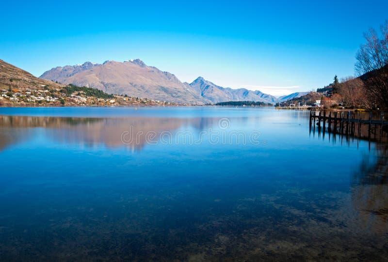 瓦卡蒂普湖在昆斯敦新西兰 图库摄影
