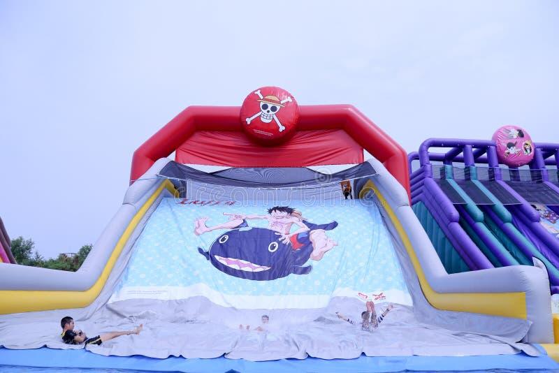 瓦娜纳瓦山口Waterpark华欣在一件狂欢节题材的华欣  库存照片