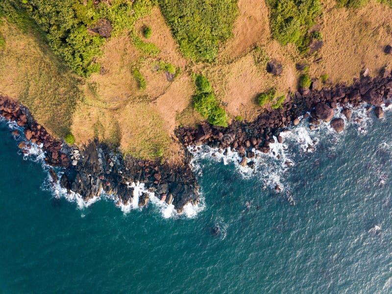 瓦斯科・达伽马海岸线的鸟瞰图在果阿印度 免版税库存图片