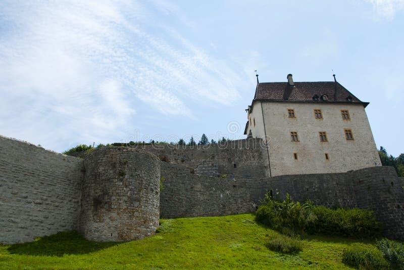瓦朗然城堡-纳沙泰尔-瑞士 免版税库存图片