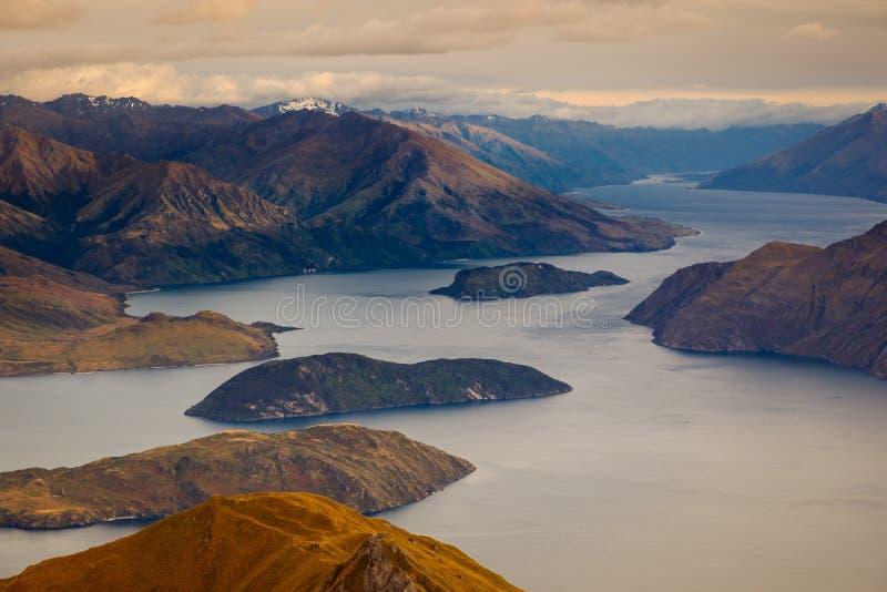 瓦纳卡湖,新西兰美好的日出风景视图  免版税库存图片